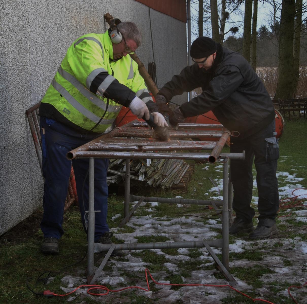 Peter og Mogens renser fangefold